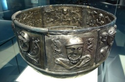 """Cauldron & Drink"" – New Poem at Crannóg"