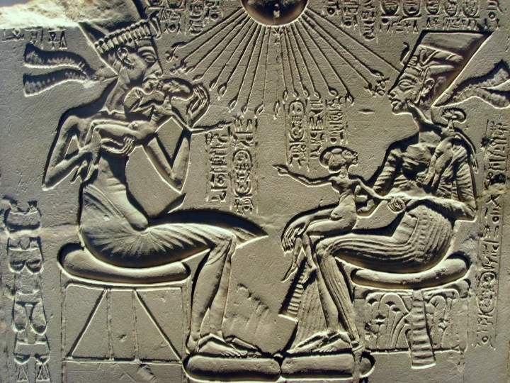Nefertiti, Akhenaten & Daughters - c. 1340 BC