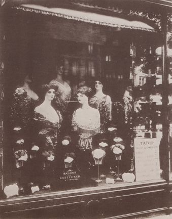 Eugène Atget - Läden und Auslagen, Friseur