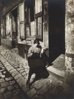 Eugène Atget - Prostitute - 1921